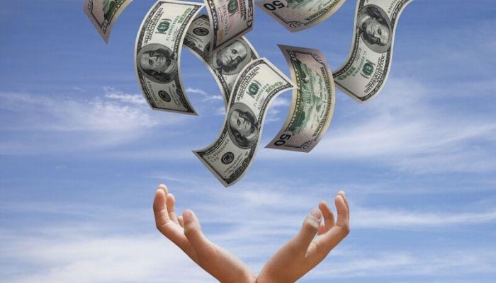 Как привлечь удачу и деньги с помощью слов и мыслей
