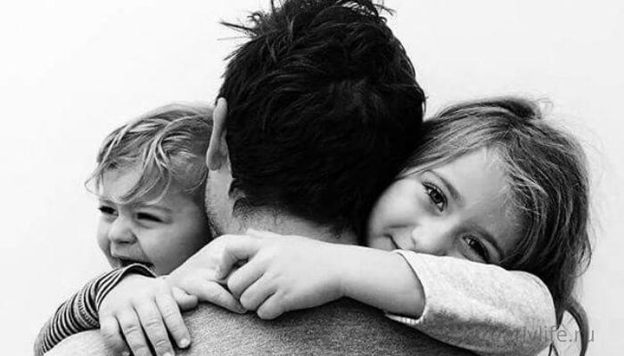 Дети и родители. Папа с детьми, воспитание ребенка.