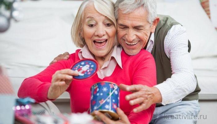 Подарки на Новый год родителям