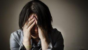 Обиженная женщина в состоянии жертвы