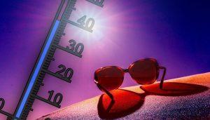 Жара, градусник, очки, солнце
