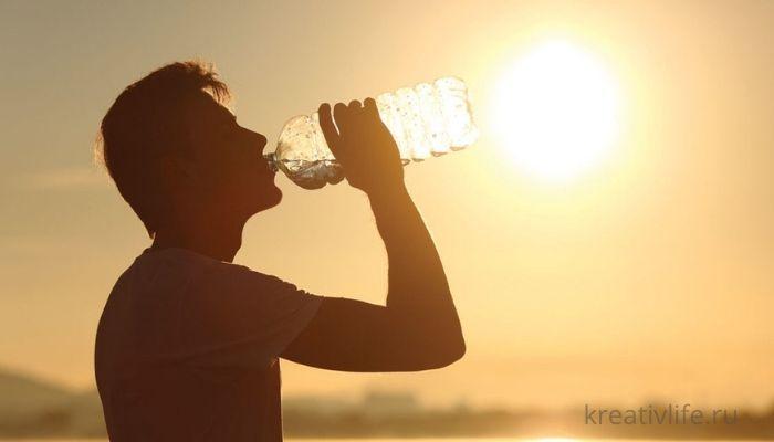 Жара, пить много воды